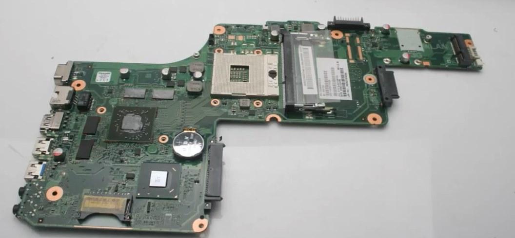Toshiba Satellite C85015